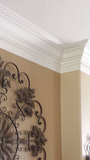 Crown Moulding and interior design for Sale in Murrieta, CA