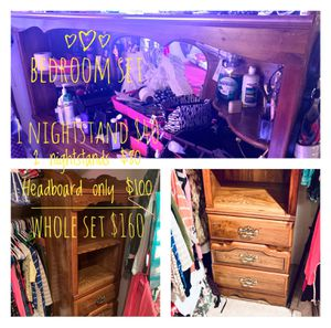 Matching set - Very nice nightstands - cabinet type shelf and drawer units - sturdy and clean for Sale in Tacoma, WA