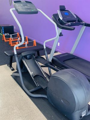 PRECOR Elliptical Machine for Sale in Long Beach, CA
