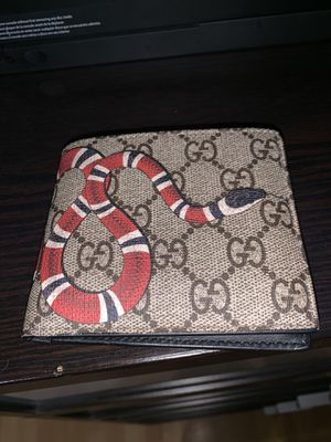 Gucci Snake Wallet for Sale in Miramar, FL