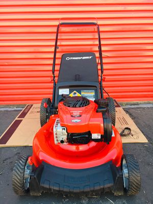 Troy Bilt 21 in. 140 cc 550ex Series Briggs & Stratton Gas Walk Behind Push Mower with 2-in-1 Cutting TriAction Cutting System for Sale in Redlands, CA