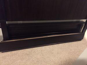 Hurst King Bed frame for Sale in Charleston, SC