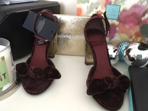 Authentic Burberry sandals heels velvet for Sale in Newcastle, WA