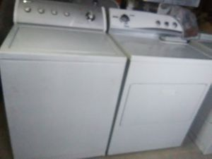 Whrilpool washer and Kenmore dryer for Sale in Memphis, TN