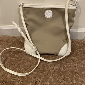 100% Authentic Tory Burch Messenger Hand Bag for Sale in Novi, MI