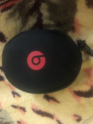 Brand new Beats solo 3 WHITE for Sale in Melvindale, MI