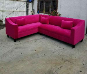 NEW 7X9FT PINK FABRIC SECTIONAL COUCHES COUCHES for Sale in Clovis, CA