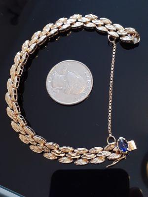 $650! Awesome solid 14k gold bracelet vintage for Sale in Tacoma, WA