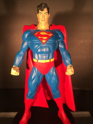 """Superman 12"""" Statue. This is an Exclusive from the Warner Brothers Studio Store 1999 for Sale in El Monte, CA"""