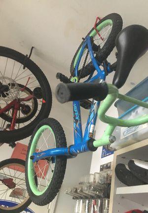 3 kids bike 1 kid bmx bike for Sale in Lake Elsinore, CA