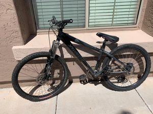 Specialized hard rock pro mountain bike for Sale in Queen Creek, AZ