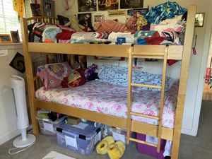 Solid Wood Twin Bunk Bed for Sale in Shoreline, WA