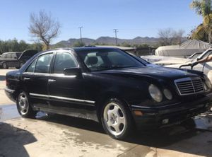 1997 Mercedes Benz E-420 for parts! Doesn't run! for Sale in Menifee, CA