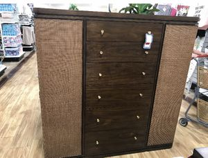 Gorgeous (almost brand new) Dresser! for Sale in Long Beach, CA
