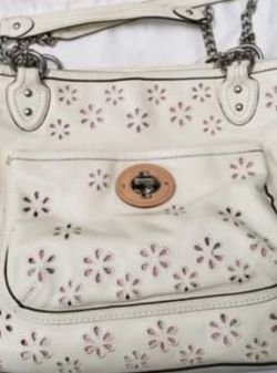 Like New Coach Shoulder Bag Purse. Tag number = K1293-22438 for Sale in Riverview,  FL