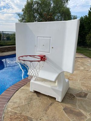 Poolside basketball hoop for Sale in Trabuco Canyon, CA