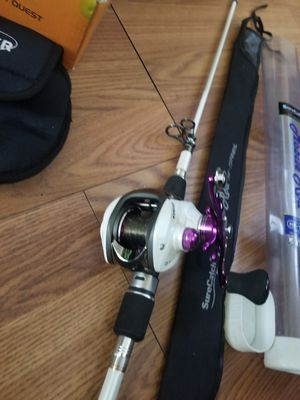 Telescopic pole and casting reel for Sale in Hermon, ME
