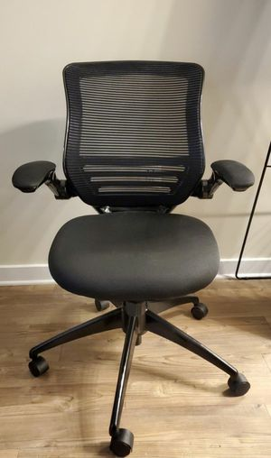 [Like New] Realspace® Calusa Mesh Managerial Mid-Back Chair, Black for Sale in Fairfax, VA