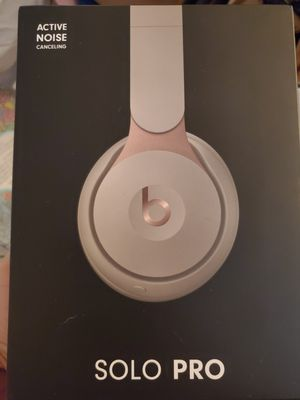 Beats Solo Pro for Sale in Jacksonville, NC
