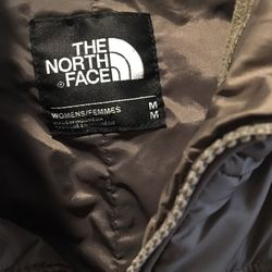 Women's sable brown coat - medium for Sale in Montesano,  WA