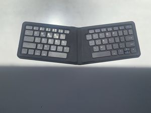 Wireless keyboard for Sale in Los Angeles, CA