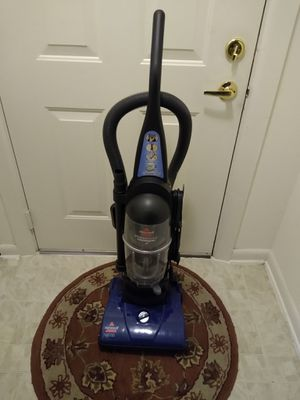 Used vacuum 30.00 for Sale in Germantown, MD