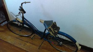 Vintage Montgomery Ward Womens Bicycle. for Sale in Detroit, MI