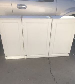 Kitchen cabinets uppers for Sale in Phoenix, AZ