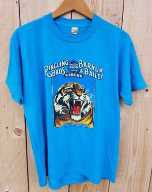 ($40) VINTAGE 1984 RINGLING BROTHERS BARNUM BAILEY CIRCUS TIGER T-SHIRT for Sale in Stockton, CA