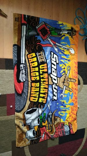Snap on beach towel never used for Sale in Hyattsville, MD