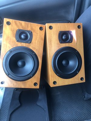 A pair of edge audio speakers for Sale in National City, CA