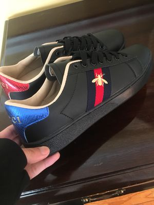 Men Black Bee Gucci Sneakers sz 41 ( 8.5/9 ) Men size ! New / no box ! No trades for Sale in Silver Spring, MD