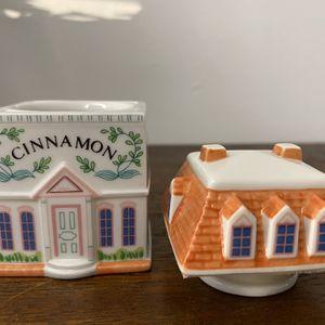 Cinnamon Spice Jar LENOX for Sale in Warwick, RI