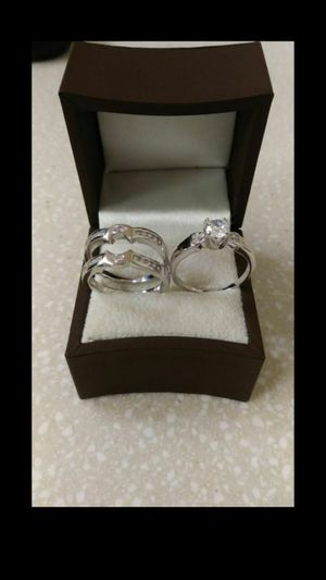 New with tag Solid 925 Sterling Silver ENGAGEMENT WEDDING Ring Set size 6 or 8 $150 set OR BEST OFFER ** WE SHIP!!📦📫** for Sale in Phoenix, AZ