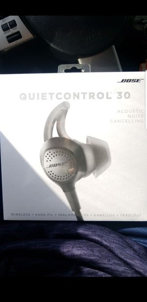 Bose QuietControl 30 Noise Cancelling Wireless Headphones for Sale in San Diego, CA