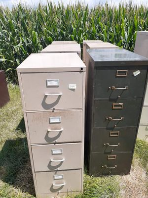 4-Drawer filing cabinets for Sale in Atlanta, IL