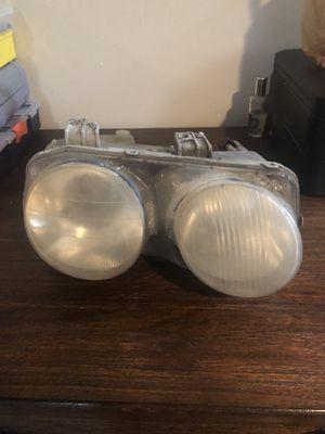 Acura Integra headlight for Sale in Brooklyn Park, MD
