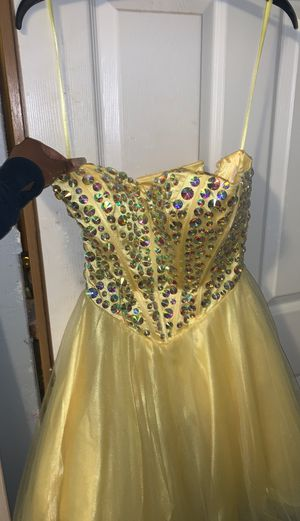 Short Quinceanera, homecoming, or prom dress XS for Sale in Parkland, WA