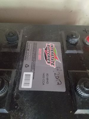 8D MHD BATTERYS for Sale in Bonney Lake, WA
