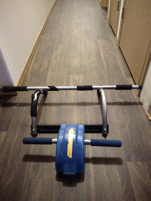 Ab roller & Pull Up bar for Sale in Portland, OR
