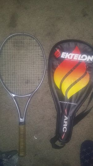 2 tennis rackets for Sale in Los Angeles, CA
