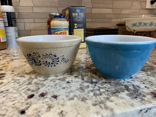 Pyrex 401 set of two