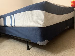 King size bed for Sale in Canyon, TX