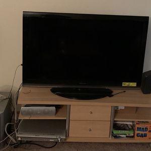 """47"""" Toshiba Tv (Lakewood WA) for Sale in Elgin, SC"""