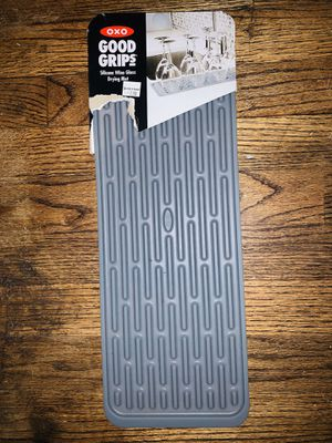 OXO GOOD GRIPS SILICONE WINE DRYING RACK for Sale in Washington, DC