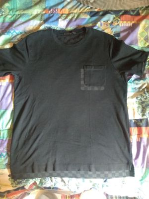 Louis Vuitton t-shirt blk/grey for Sale in Walnut Creek, CA