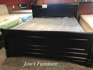 Eastern King Bed (Mattress Included) for Sale in Lynwood, CA