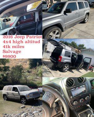 Jeep Patriot high altitud 4x4 for Sale in Compton, CA