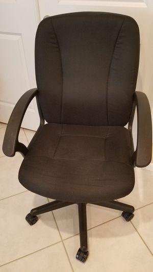 Black Fabric Mid-Back Desk Chair for Sale in Deerfield Beach, FL