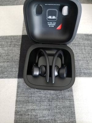 Power beats pro for Sale in Fontana, CA